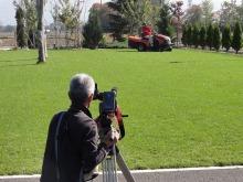 shibafuのブログ-芝刈り撮影中